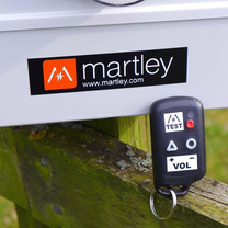Martley Pest Deterrents Predator Bird Scarer: Wireless Key Fob Controller