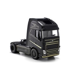 Volvo FH 6x2 with Bluetooth app control