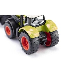Claas Axion with frontloader