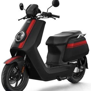 NIU NQi-GTS Pro motorscooter zwart rood