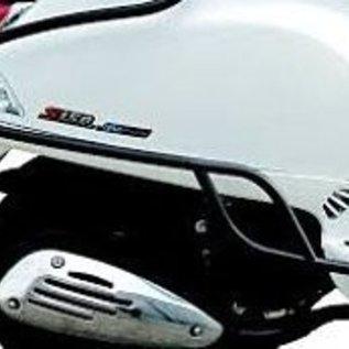 Achtervalbeugels zwart glans Vespa Primavera/Sprint origineel model