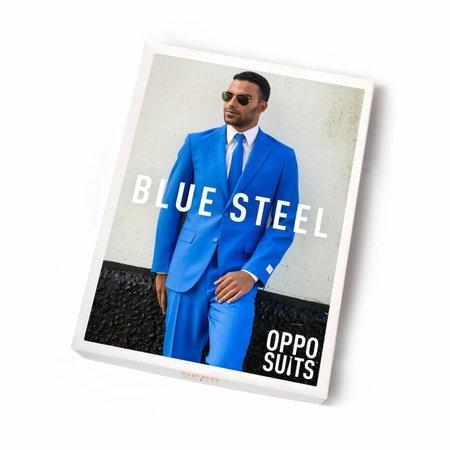 Blauw kostuum man