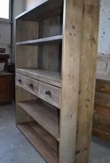 Vintage Barnwood Schrank