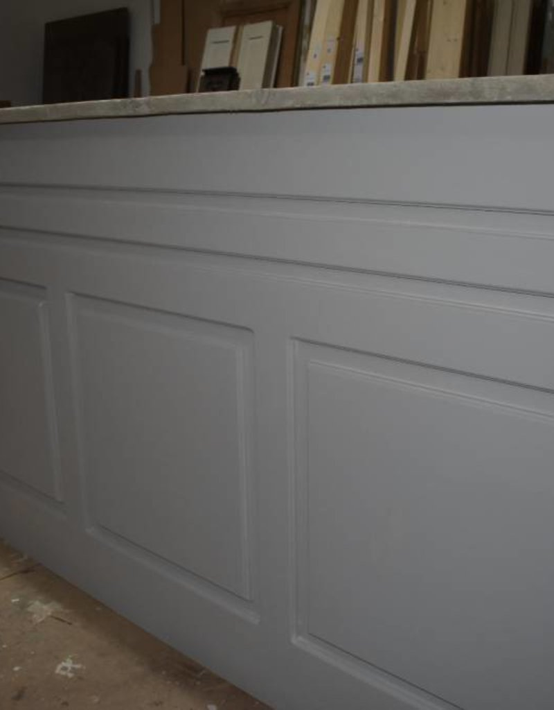 Bar, counter & counter paneling / renovation