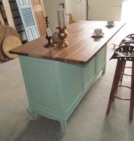 Shabby chic Kitchen island