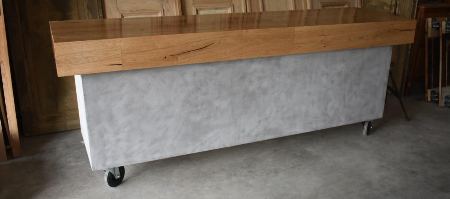 Concrete & Wood Counter