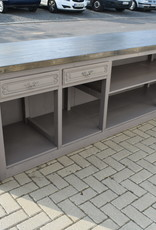 Counter, Kitchen Island or bar tailored to your wishes