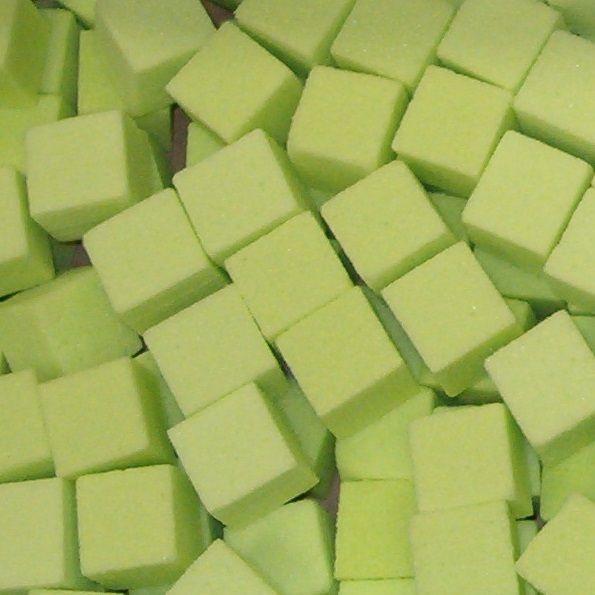 OASIS® RAINBOW® Mini Cubes 2x2x2cm - Lime Green | 300 stuks