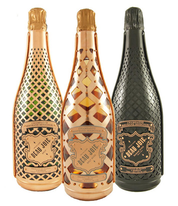 Beau Joie champagnes in koperen harnas