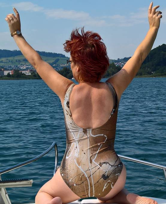 C.Fischer Exzellenter Designer Badeanzug 'Innere Kraft'