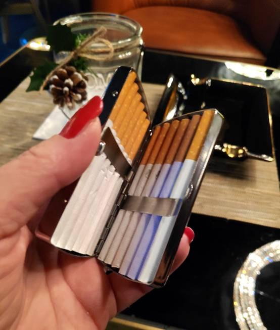 C.Fischer Raffiniertes Designer Zigarettenetui 'Botschaft'