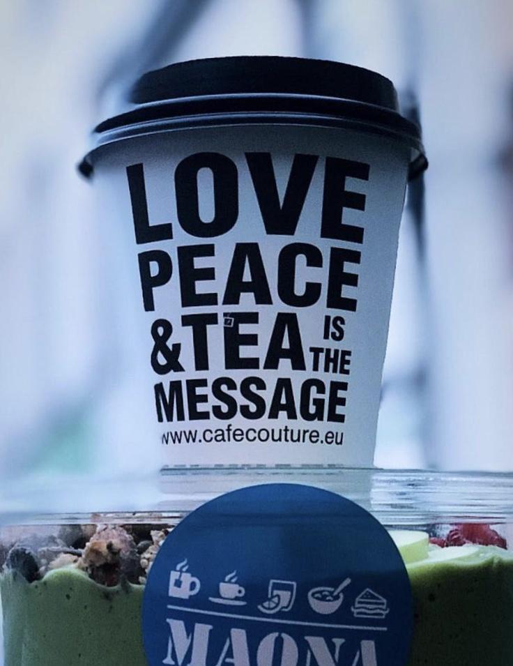 Take Away Love & Peace Cups 10 oz 1000 stuks
