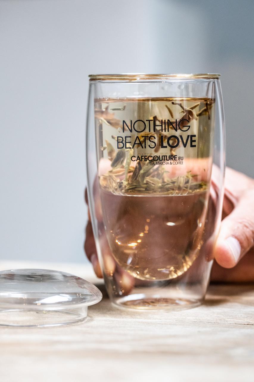 Nothing Beats Love dubbelwandig glas met theefilter