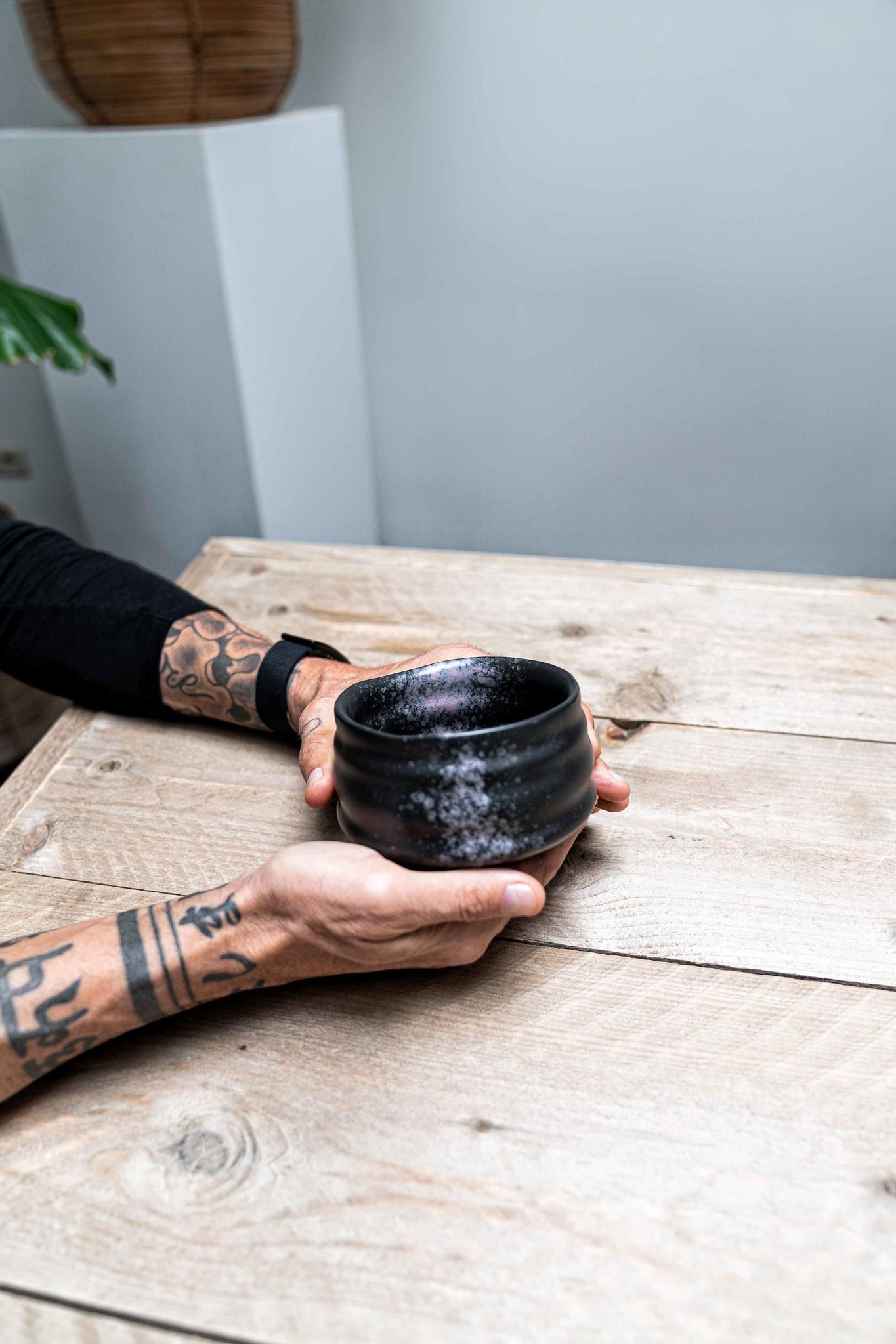 Matcha bowl - ribble mat zwart/roze