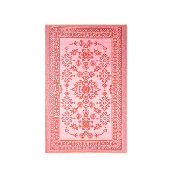 Rood roze buitenkleed van plastic