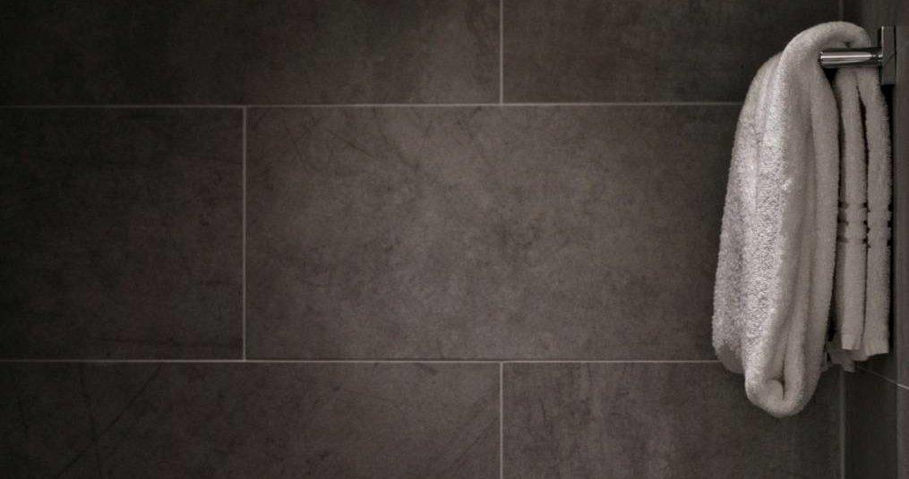 Badkamer tegels schoonmaken