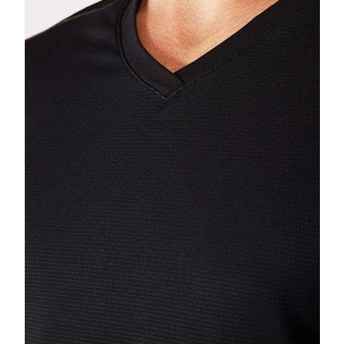 Manduka Männer Yoga T-Shirt - Minimalist Tee 2.0 in der Farbe schwarz