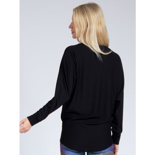 Magadi Yoga & Pilates Activewear Yoga Sweater Anna in der Farbe Schwarz