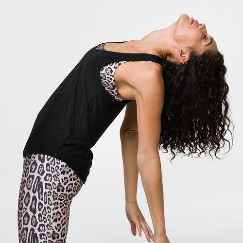 Yoga Oberteile für Frauen - von Größe XS bis XXL