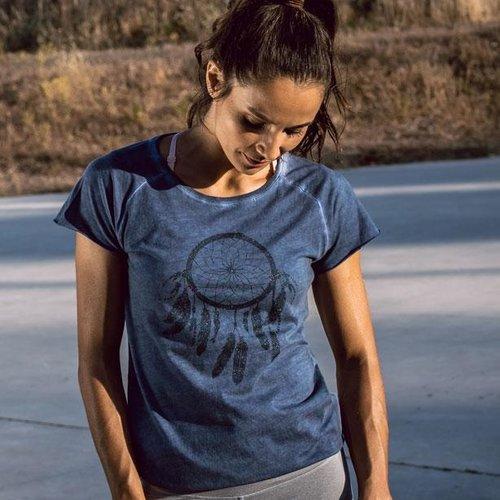 Yoga Shirts für Frauen - alle Größen, perfekte Passform, bequem und modisch