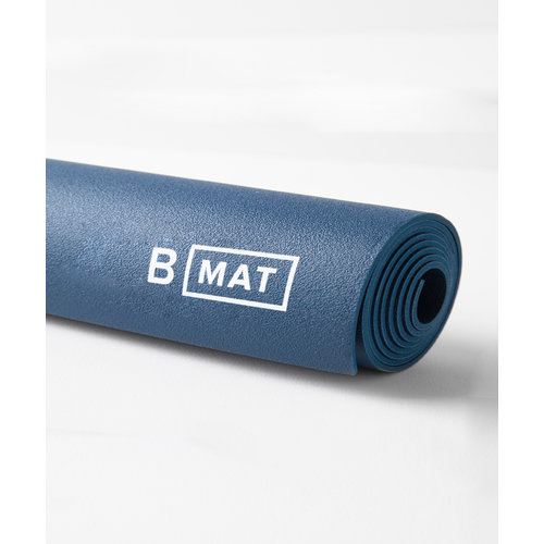 B-Yoga B Mat Traveller in der Farbe Deep Blue