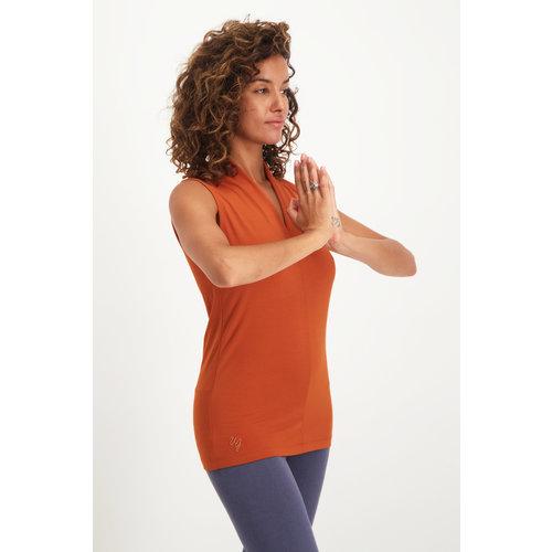 Urban Goddess Yoga Top Mudra in der Farbe Rust