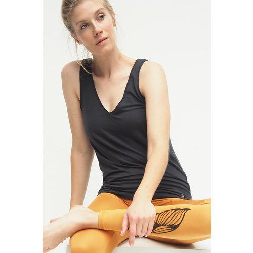 Kismet Yogastyle Yoga Top Sumati in der Farbe Anthrazit