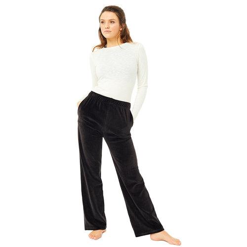 Mandala Fashion High Rise Velvet Pants in der Farbe Schwarz