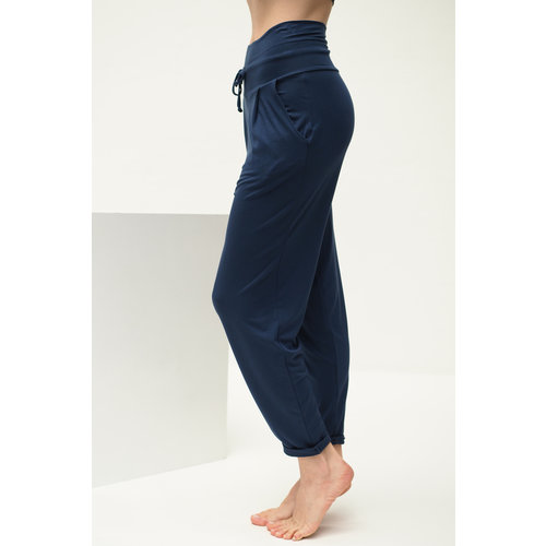 Kismet Yogastyle Yoga Pant Bali in der Farbe Blue