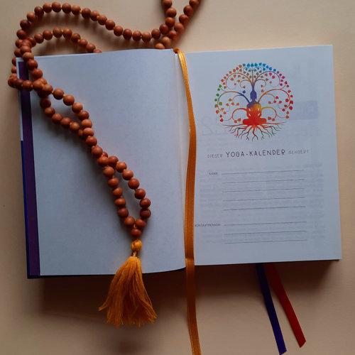 LOVE IS KEY Yoga Kalender 2022