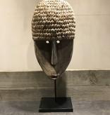 Masker met schelpen
