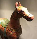 Houten paard oud roze