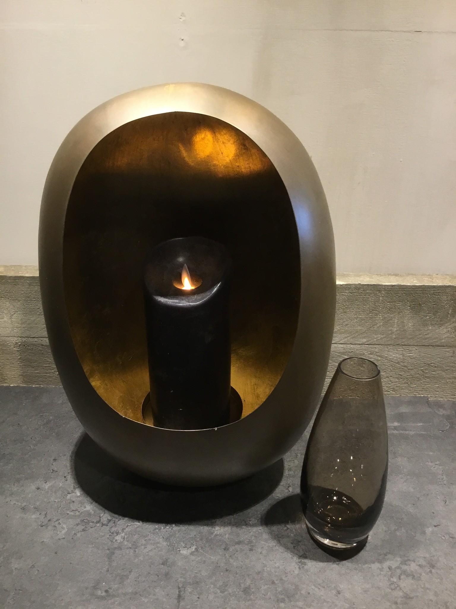 Zwart glazen vaas