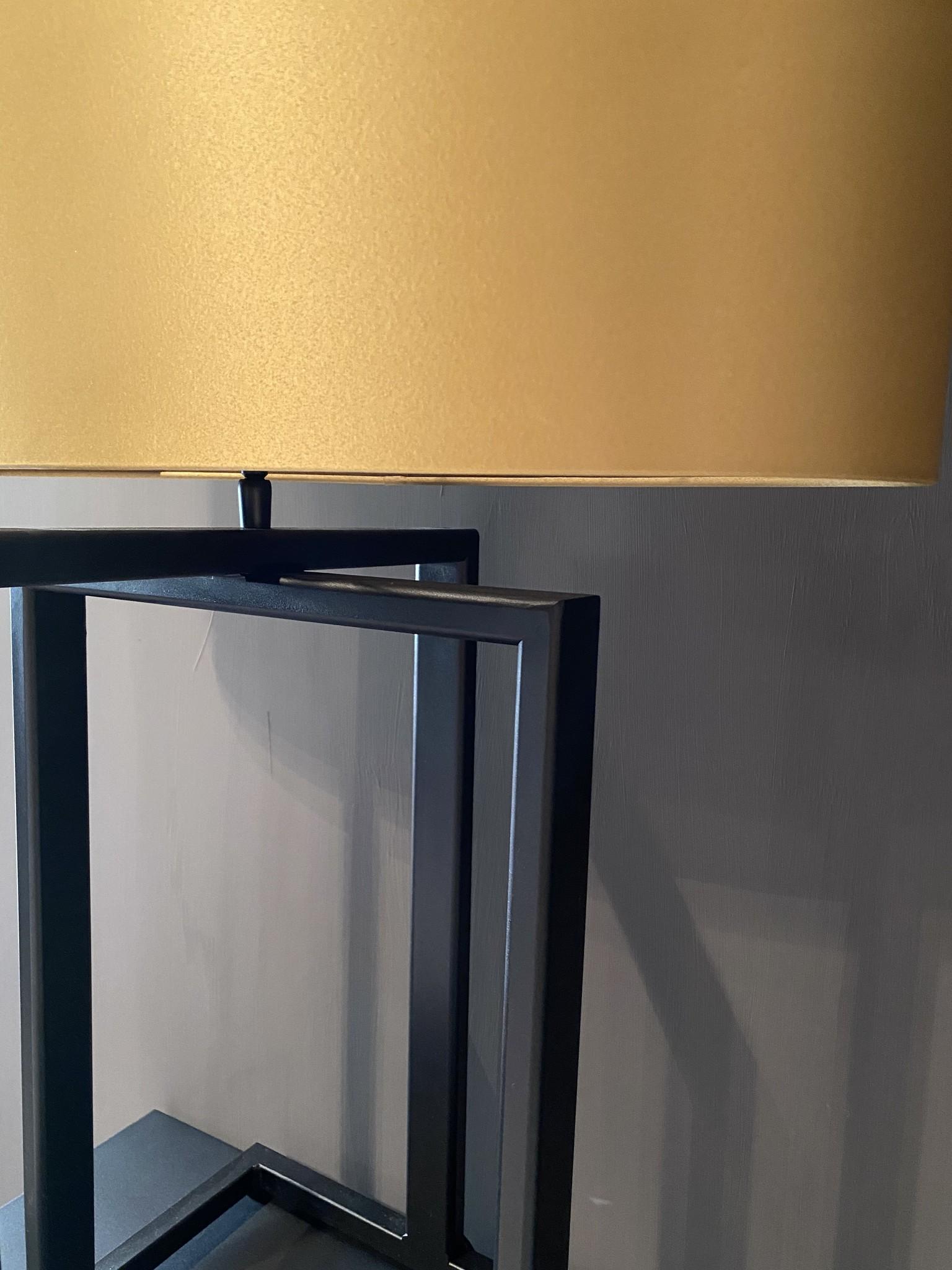Steel en Style Tafellamp Max