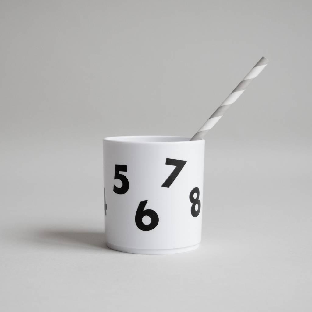 Beker cijfers wit