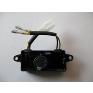 AVR Stroomverdeler 2.2/3.5 KW Vierkant 2 draden + 4 pins