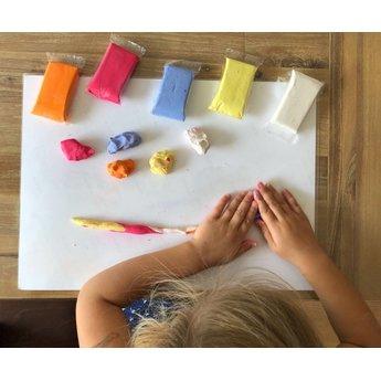 Pebéo creatief materiaal Stoepkrijtklei, maak jouw stoepkrijt in je eigen vorm!
