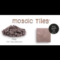 Pot met 700 grijze mozaieksteentjes