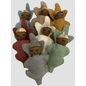 Papoose Toys Zeven Eikel babies Earth
