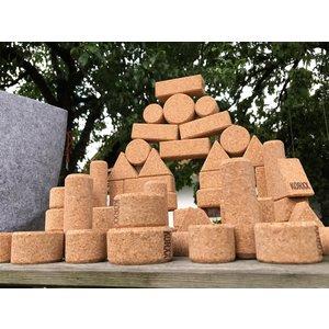 KORXX kurk blokken KORXX Form M - 60 kurk bouwstenen in viltbox