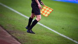 Regels grensrechter, vlaggen bij een voetbalwedstrijd