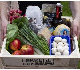 Kistje van LekkerLokaal met lokaal voedsel geproduceerd in Nijmegen en directe omgeving