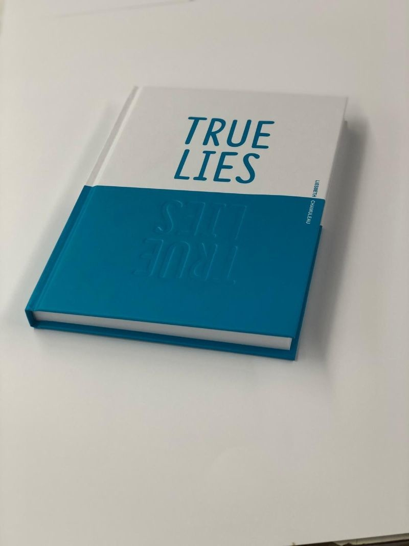 True Lies, columns met een glimlach