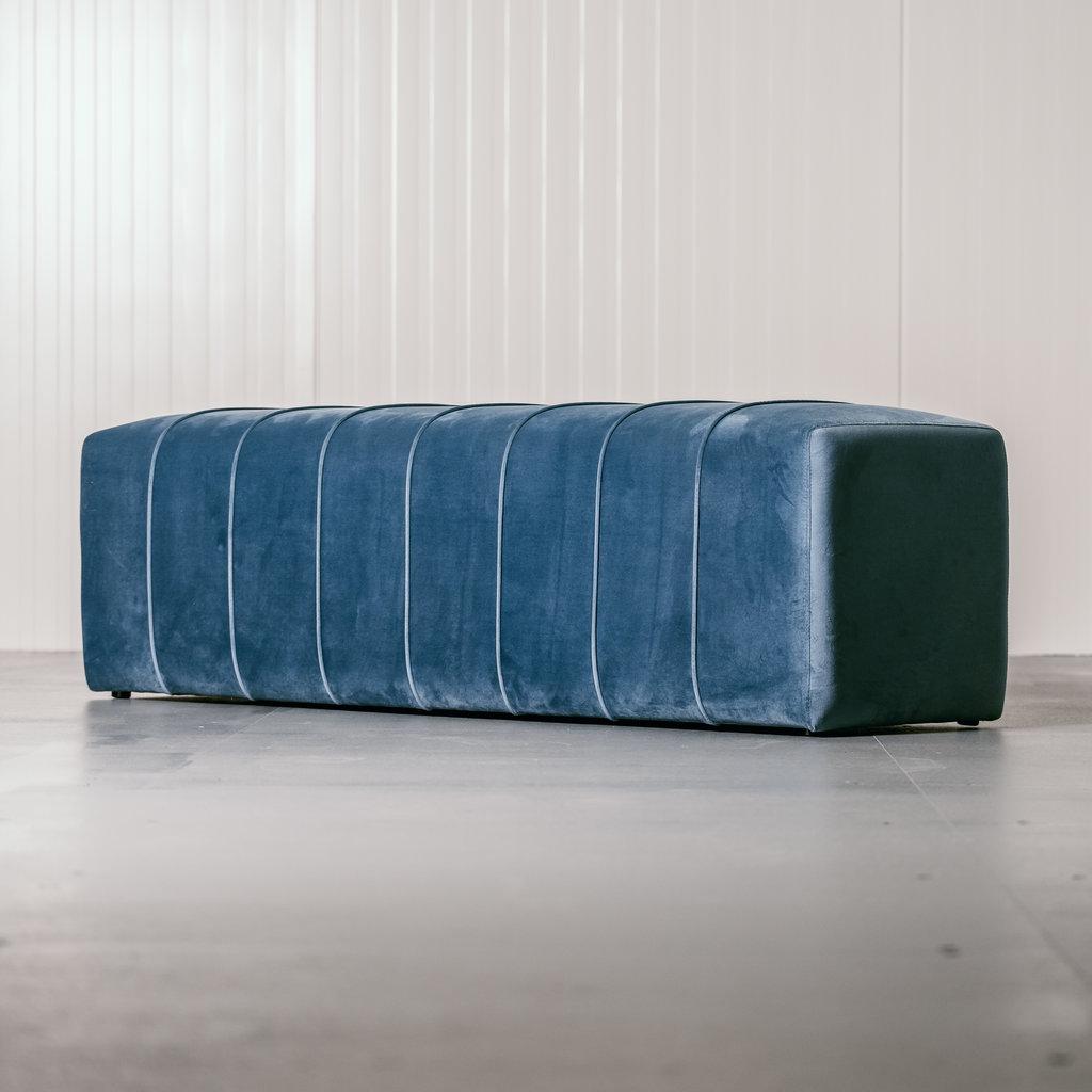 The Grand CAPRI Bench Ocean Blue Velvet