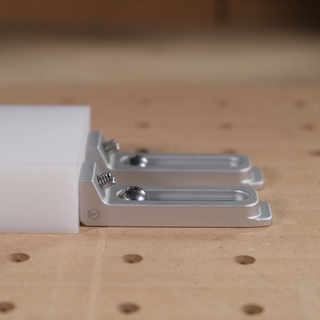 Carbide3D  Shapeoko Gator Tooth Clamps