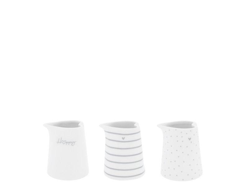 """Bastion Collections Krug """"Herz mit Punkten"""" grau, mini"""