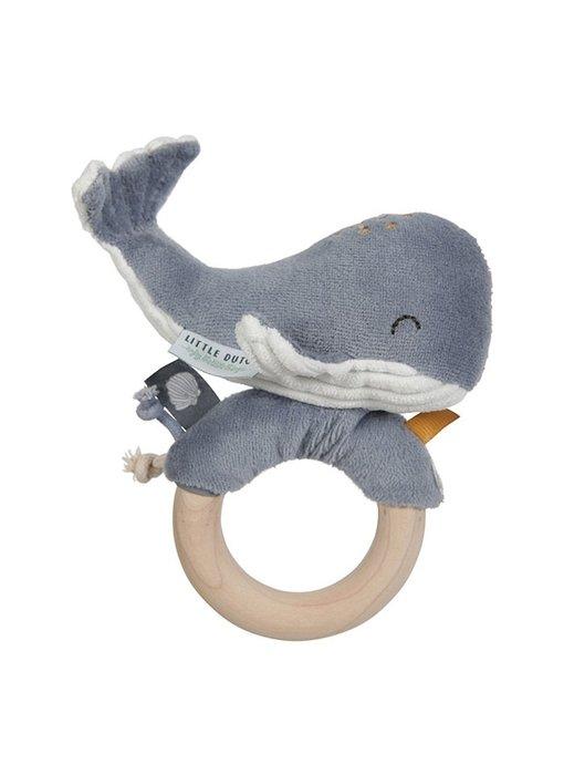 Little Dutch Ringrassel Wal - Ocean Blue