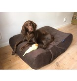Dog's Companion® Hoes hondenbed chocolade bruin ribcord small