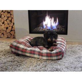 Dog's Companion® Hundebett Dress Stewart Medium
