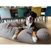Lit pour chien taupe tapisserie